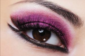 šminkanje i kontaktne leće, šminka i leće, kontaktne leće, kozmetičke leće u boji
