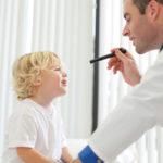 Znakovi problema s vidom kod djece