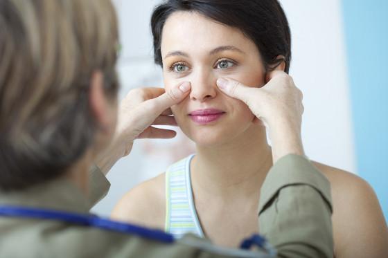 bol u očima sinusitis