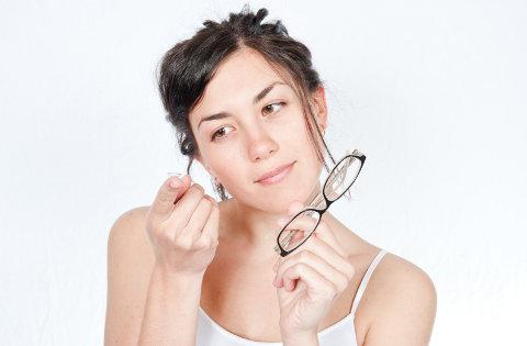 lece ili naocale, leće ili naočale, kontaktne leće ili naočale, leće, naočale