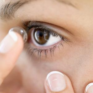 Kako izvaditi leću, kako izvaditi kontaktnu leću iz oka
