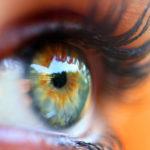 Što određuje boju naših očiju?