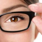 Plastične ili staklene naočalne leće?