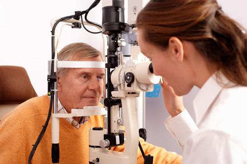 pterigij na oku, pterigij, izraslina u oku, izraslina na oku