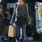Sandra Bullock nosi sunčane naočale Dolce&Gabbana DG4175